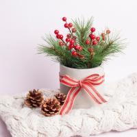크리스마스 인테리어 소품 조화 레드 파인콘 센터피스 화분