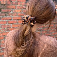 호피 스크런치 곱창 머리끈