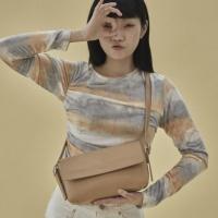 10/17[펀프롬펀]Emma 2way baguette bag (beige)