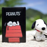 [Peanuts Bag&Acc]스누피하우스 여권지갑