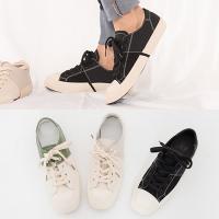 [애슬릿]배색 발 편한 여성 캔버스 스니커즈 2.5cm