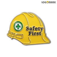 SAFETY FIRST 안전모 뺏지