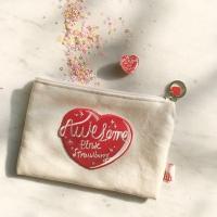 HEART AWESOME 핑크 스트로베리 미니 파우치-ivory