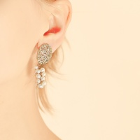 j-e26 grape pearl earring