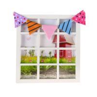 나노룸 창문과 깃발