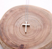 WH-SL cross necklace (NTS002A )