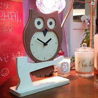 부엉이 탁상시계 (An owl's clock)