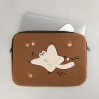 (iPad/13/15)자수포켓 노트북파우치_하늘을 날다람쥐