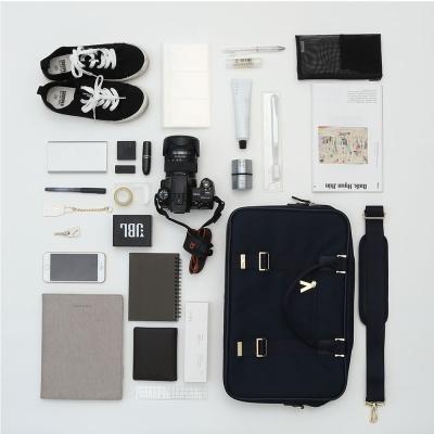아트지 데일리 크로스백 15인치 노트북 수납 가방