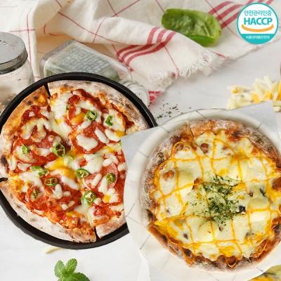화덕에 구워낸 치즈피자+매운 페페로니 피자