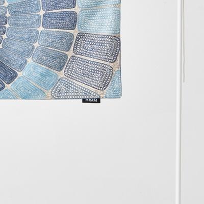 원형 자수 위드 파이핑 쿠션커버 블루 35x65