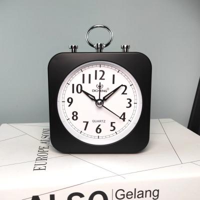 퀴리 사각 알람 탁상시계(블랙)