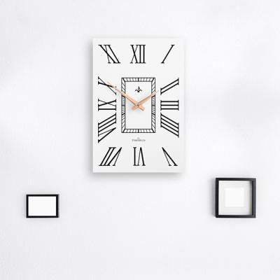 화이트 로마숫자 벽시계