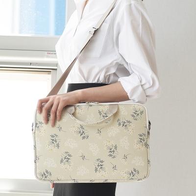 바투카 데일리라이크 lace flower 노트북가방/서류가방