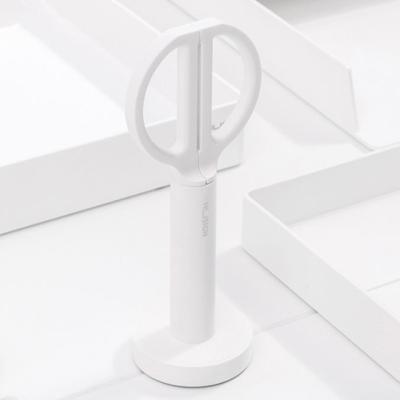 심플 화이트 사무용 가위 (17cm)