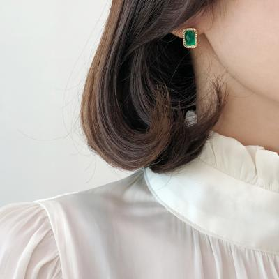 14K 그린 오닉스 클래식 귀걸이