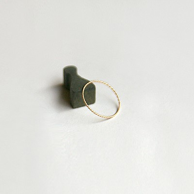 14k Gold Thread Ring