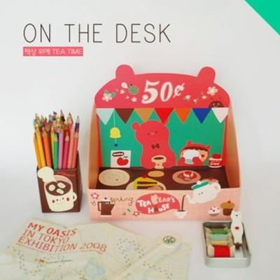 책상 위에-TEA TIME