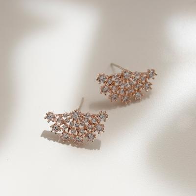 제이로렌 M023041 시그니티 반달큐빅 로즈골드 귀걸이
