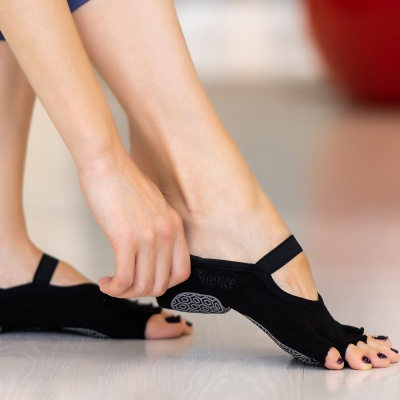 TOENTOE(토앤토) STRAP OPEN TOE - BLACK