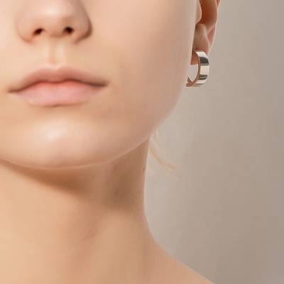 i_e64 - mirror hoop earring
