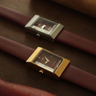 여자 시계 브랜드 여성 가죽 손목시계 그리드 버건디
