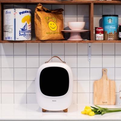 인테리어 미니 화장품 냉장고 8리터 mz-08 화이트