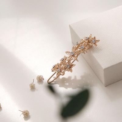 제이로렌 골드 나뭇잎 큐빅 포인트 헤어핀 H0631