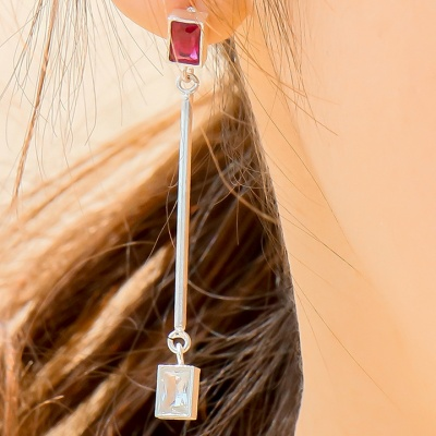 i_e70 - tropical ruby _ crystal earring