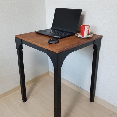 공간플러스 철제 테이블 600