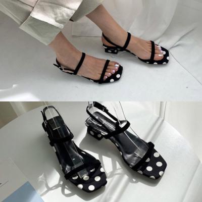 [애슬릿]방울 패턴 스퀘어 여성 슬링백 샌들 3cm