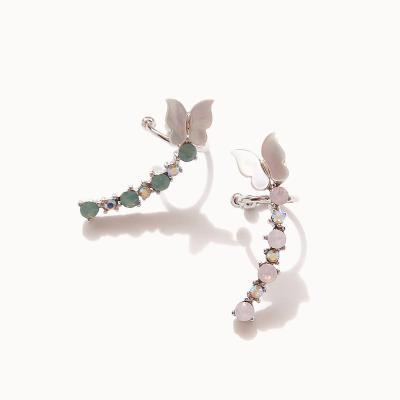 제이로렌 0M02957 자개 나비 날개형 이어커프
