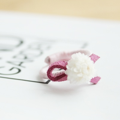 헬리크라썸 꽃반지