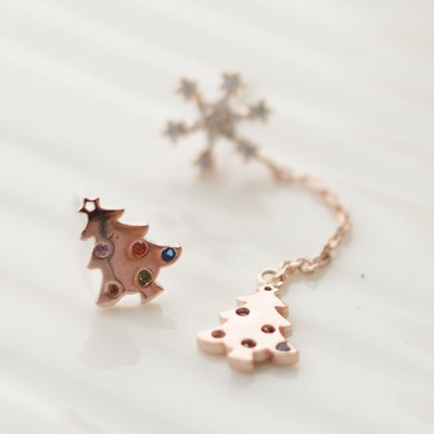 Snowy Tree earring