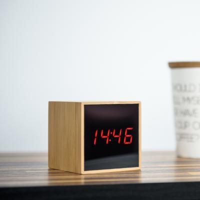 오리엔트 큐브우든 OT1609 레드LED 디지털탁상시계