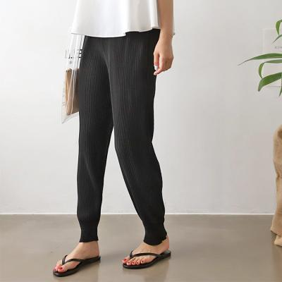 Pleatd Jogger Pants