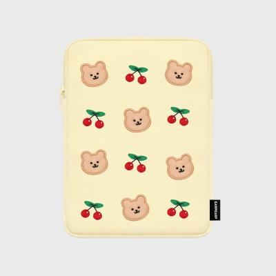 Dot cherry bear-ivory-ipad pouch