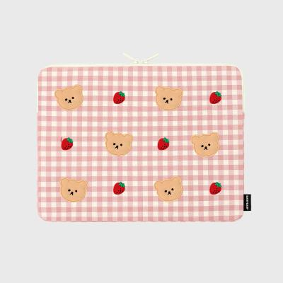 Dot strawberry check-pink-13inch notebook pouch