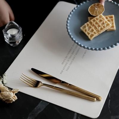 루코 클래식 레더 테이블 매트 4color