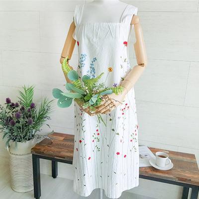 화이트 꽃자수 원피스 앞치마