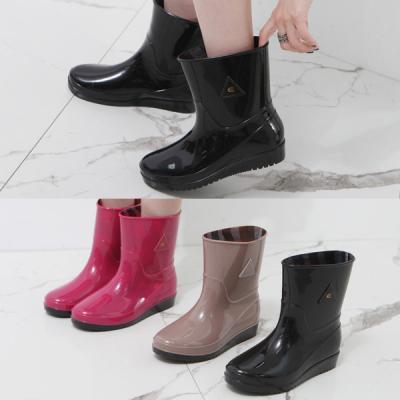 [애슬릿]유광 PVC 여성 아쿠아 미들 레인 부츠