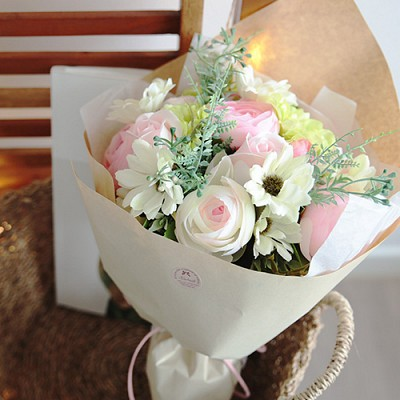로맨틱 동글라넌 꽃다발