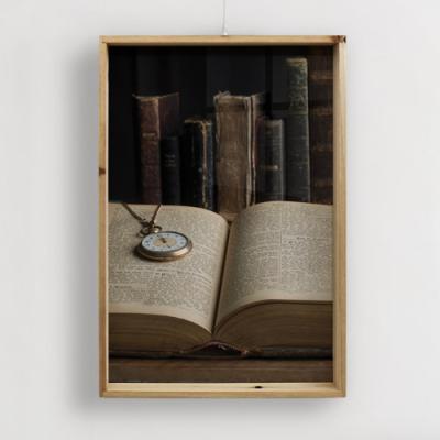tg789-우드프레임액자_오래된도서관의낡은책