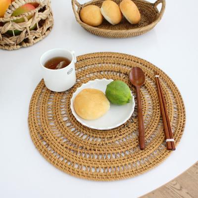 이너스 라탄 메쉬 원형 식탁매트