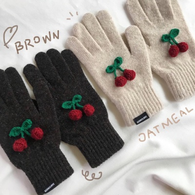 winter cherry gloves 겨울 체리 장갑