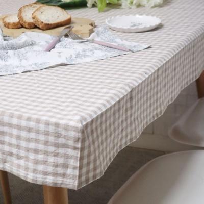 흘러내리지 않는 각잡힌 식탁보 러블리체크 베이지