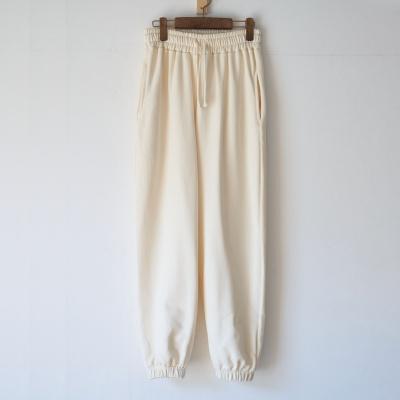 Sweat pants emblem (ivory)