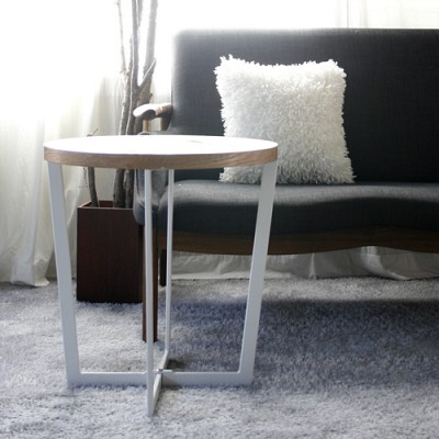 fan side table