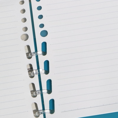 킹짐 반으로 접는 폴더식 링노트-컴팩 A4 No.9956