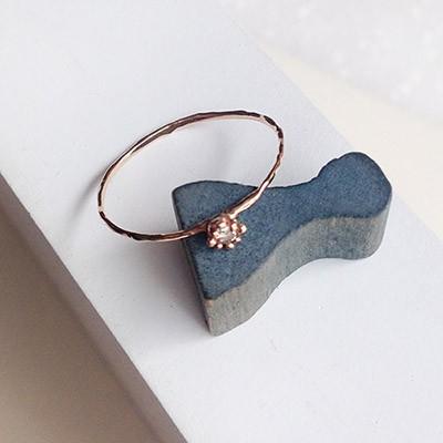 14k gold seed diamond medium ring